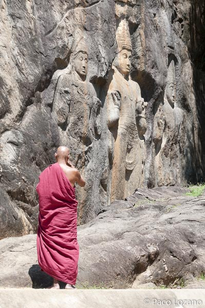 Lugar curioso: Buduruvagala