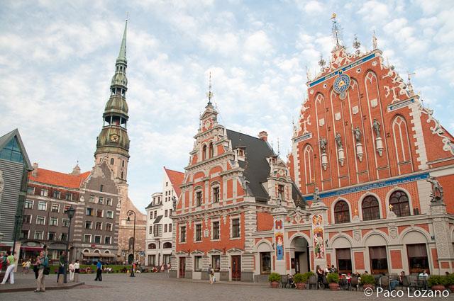 Plaza del Ayuntamiento de Riga, Letonia, países bálticos