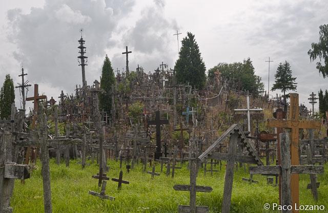 La Colina de las Cruces, en el itinerario recomendado por los países bálticos