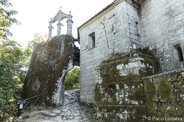 Mosteiro de San Pedro de Rocas